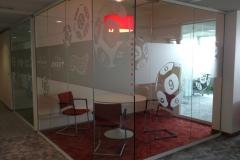 Séparations pour bureaux avec film sablé