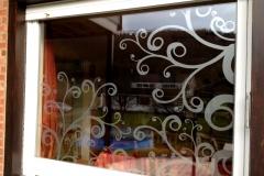 Film sablé motif floral